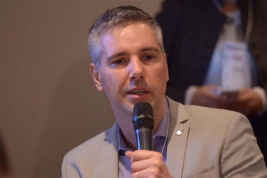"""""""É preciso reconhecer onde o digital serve, e onde não. O digital tem de se conectar à realidade do negócio"""", Amadeu Porto, diretor de serviços digitais da FSB Comunicação"""