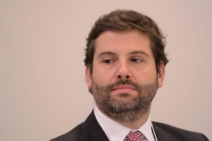 Rafael Vanzella, sócio da área de Infraestrutura e Financiamento de Projetos do Machado Meyer Advogados