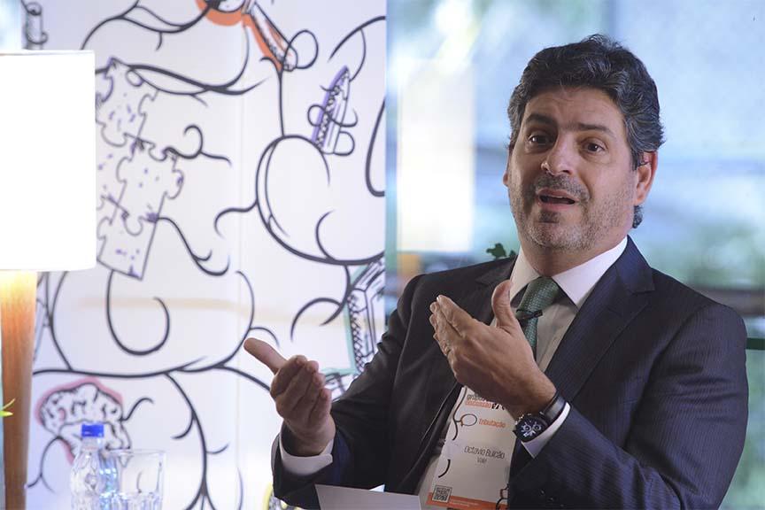 """""""Temos uma oportunidade de simplificar o sistema no Brasil, assim como vemos lá fora"""", Octávio Bulcão, diretor tributário da Vale"""
