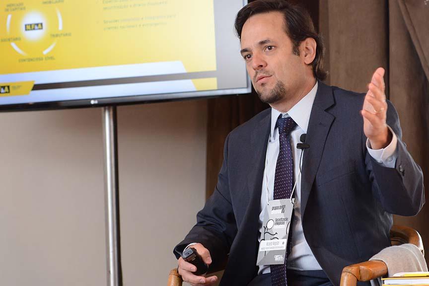 """""""O problema hoje acontece nos trâmites mais simples: os cartórios, por exemplo"""", Ricardo Negrão, sócio do NFA Advogados"""