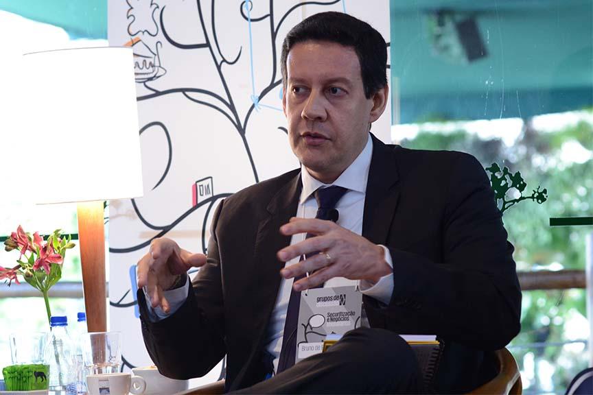 """""""As regras já estão dadas, mas são implícitas. Colocá-las no papel gera discussão"""", Bruno Gomes, gerente de acompanhamento de fundos estruturados da CVM"""