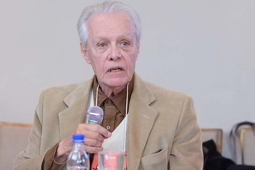 """""""As contribuições sociais e assistenciais ocuparam todo o espaço do financiamento do Estado"""", Fernando Rezende, professor da FGV e da Ebape"""