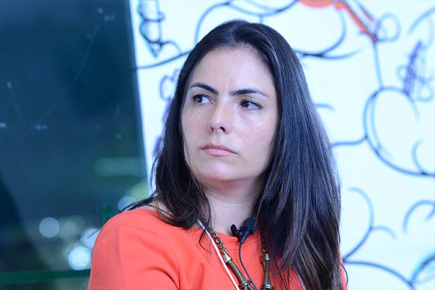 """""""O desafio da CVM é escrever uma regra que proteja o varejo, mas sem tutelar o investidor profissional"""", Flávia Palacios Mendonça, sócia da RB Capital"""