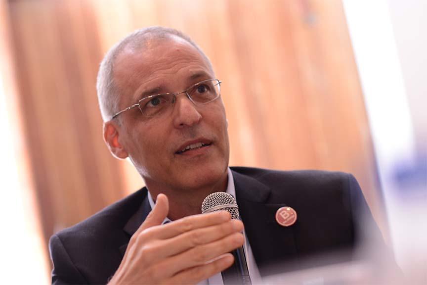 """""""Temos de atentar: o aspecto ambiental está ficando para trás em meio ao avanço digital"""", Carlos Lessa Brandão, coordenador do grupo de estudos de governança e ética do IBGC"""