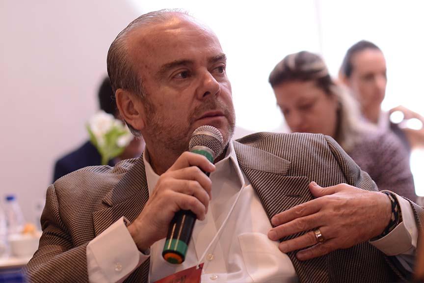 """""""Há uma diferença entre fazer o que é permitido e fazer o que é certo. Isso é liderança consciente"""", Hugo Bethlem, diretor geral do Instituto Capitalismo Consciente Brasil"""